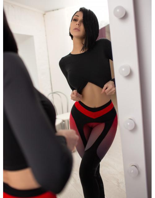 "Лосины Bona Fide: Christina Aguilera ""Black & Red"""